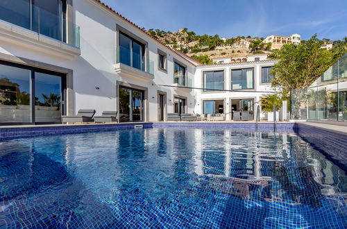 Refurbished luxury villa with sea views in Port Andratx
