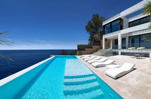 Breathtaking new build villa in Port Andratx