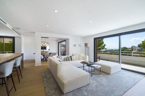 Wunderschön renovierte Wohnung der Spitzenklasse mit herrlichem Meerblick