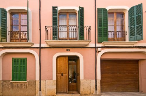SPACIOUS TOWNHOSE IN THE HEART OF ALARO