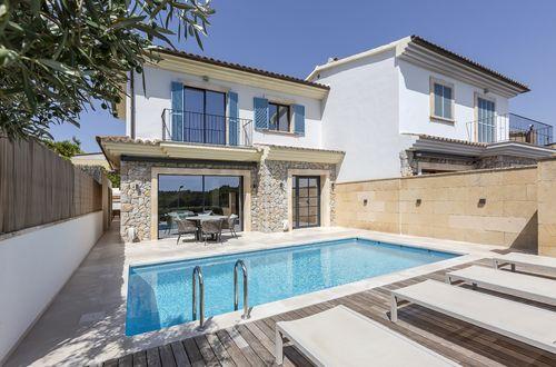 Moderne Doppelhaushälfte in der beliebten Gegend von Es Capdella