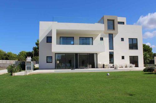 New built villa in Puig de Ros with beautiful seaviews