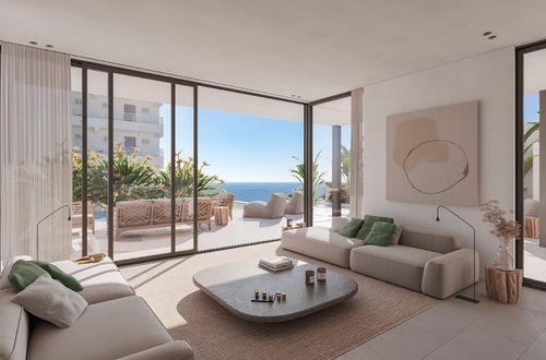 Ny duplex takvåning med en strålande havsutsikt