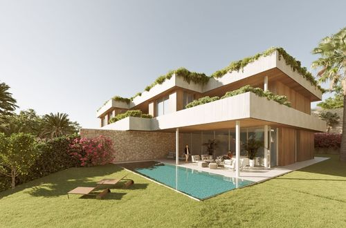 New luxury villa with all you can ask for including lovely sea views