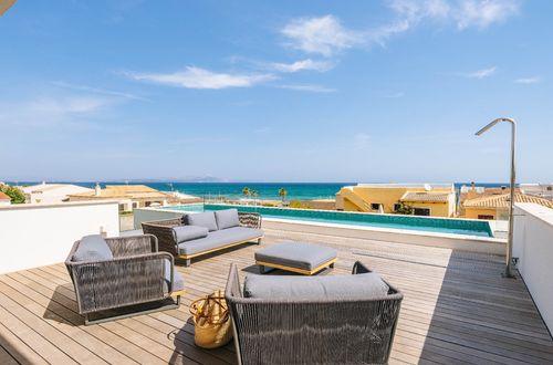 Neu gebaute moderne Villa mit fantastischem Panoramablick