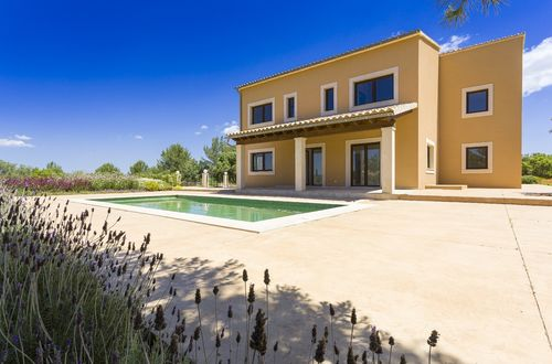 Newly built Finca with guest apartment and fantastic mountain views