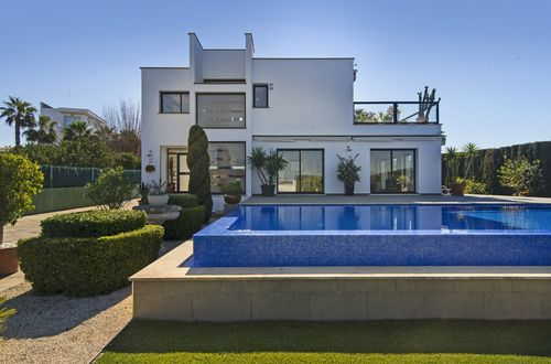 Modern villa surrounded by a beautifully designed garden
