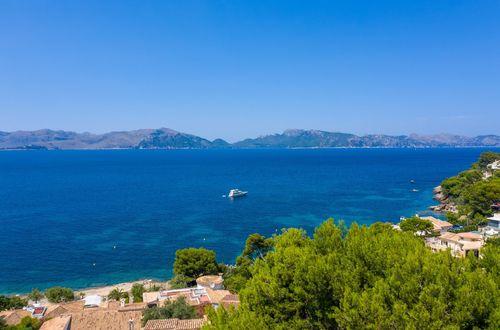 Romantic villa with spectacular views of Pollensa Bay