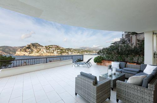 Attraktive große Wohnung mit herrlichem Blick auf die Hafeneinfahrt