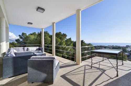 Sea view family villa in the heart of Portals
