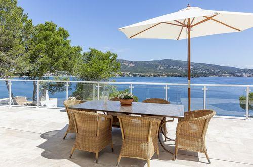 Förtjusande villa med panoramautsikt över havet