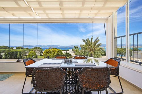 Semi-detached house with beautiful sea views over the Bay of Palma