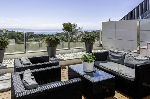Exclusive townhouse with panoramic views of Palma Bay