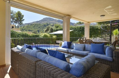 Lovely villa in the picturesque Cala san Vicente