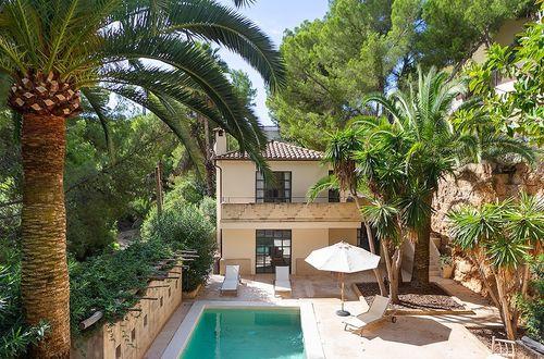 Charmante mediterrane Villa mit fünf Wohnungen