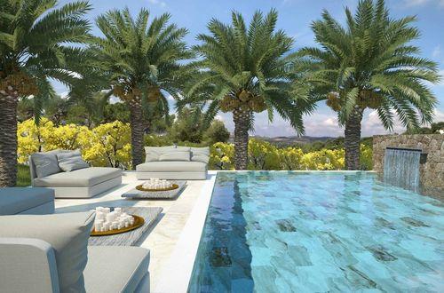 Fantastiskt byggprojekt för uppförandet av en modern villa i minimalistisk stil med havsutsikt