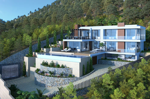  An attractive plot for a 320m2 architecturally designed house