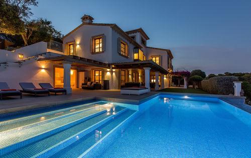 villa-frontoie.jpg