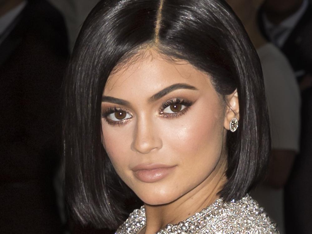 Verschwörungstheorie: Ist Kylie Jenner nur eine Leihmutter?