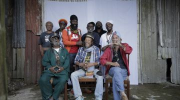 Inna de Yard feat. Horace Andy