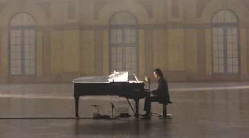 Idiot Prayer: Nick Cave Alone at Alexandra Palace (2020)