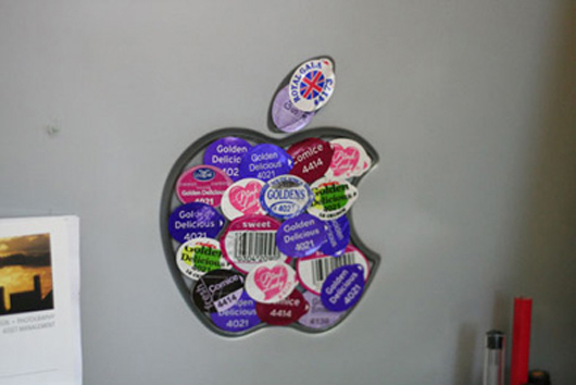 apple_sticker_mac.jpg