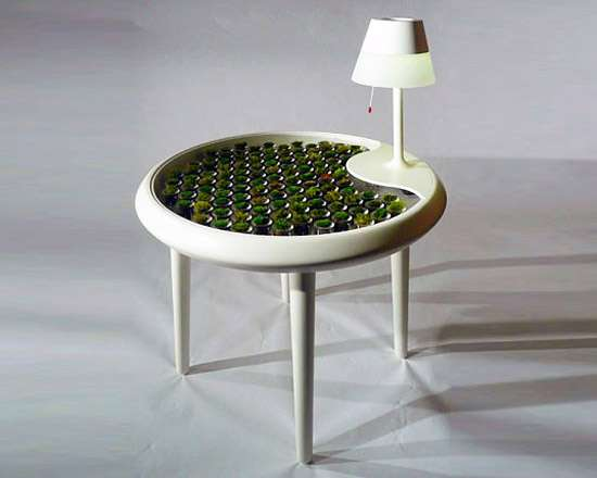 moss table creates electricity