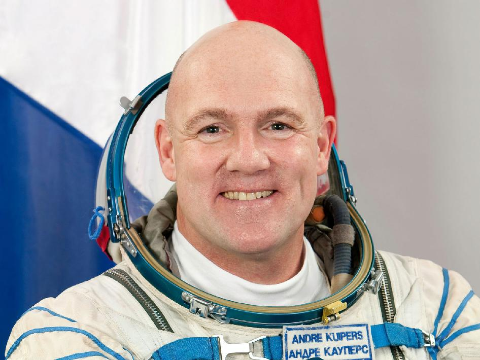 André Kuipers earned a  million dollar salary - leaving the net worth at 0.5 million in 2018
