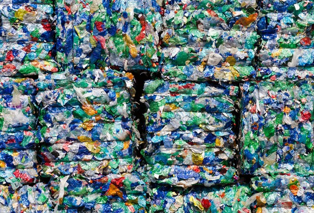 Japanese researchers discovered bacteria which eats plastic