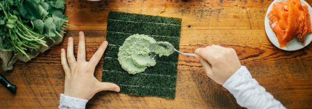 Norwegian researchers have succeeded to grow nori under laboratory conditions for the first time.