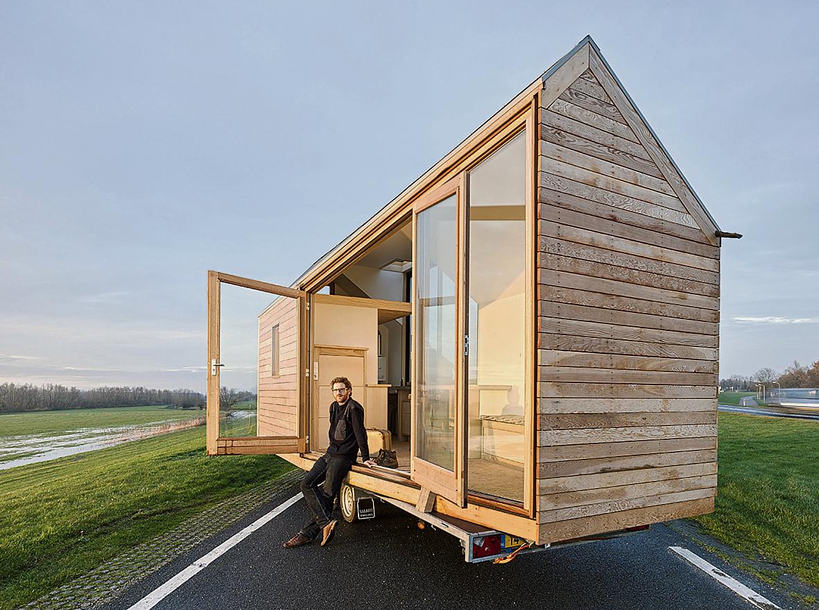 Een heel huis op 15 vierkante meter nrc for Klein huisje in bos te koop