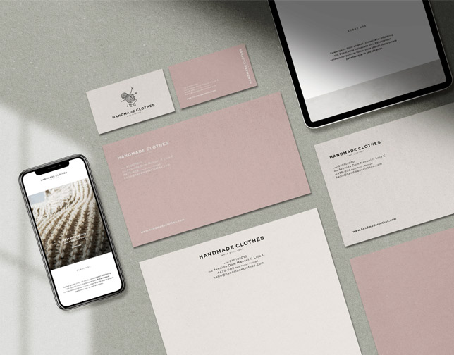 Beige and white notecard with matching business cards