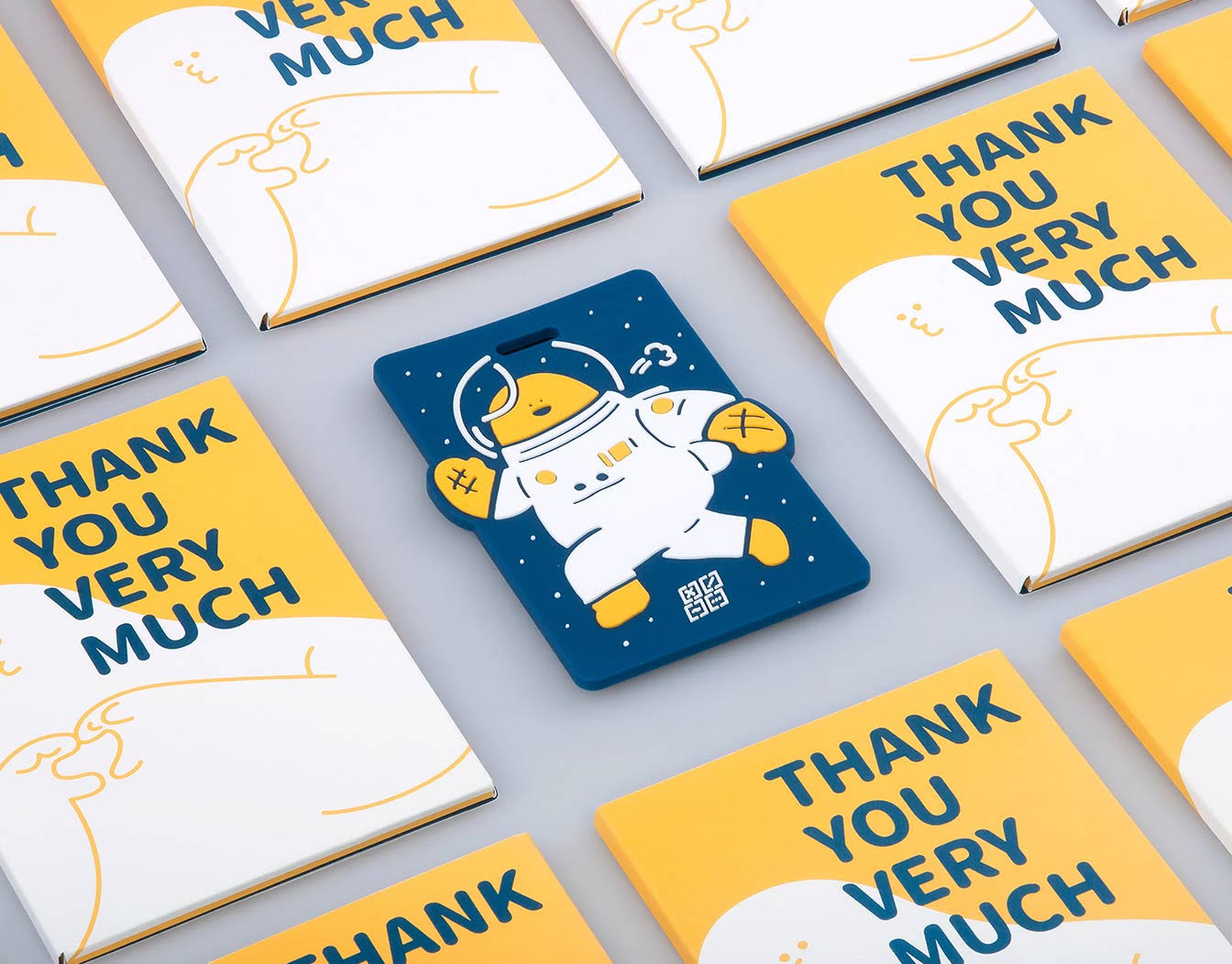 Cards pattern with spaceman thank you card