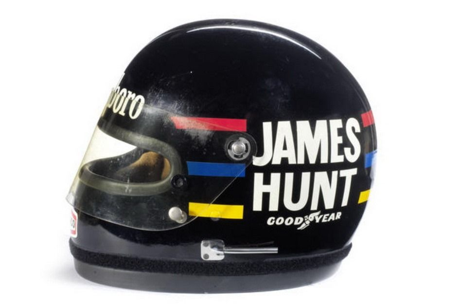 1976-james-hunt-crash-helmet-02