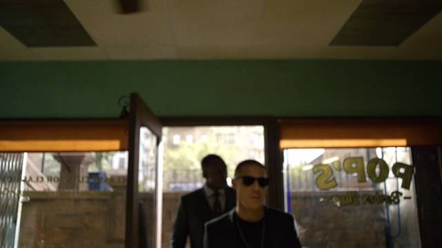 Luke Cage 1x02 Shades Cottonmouth Cap 04