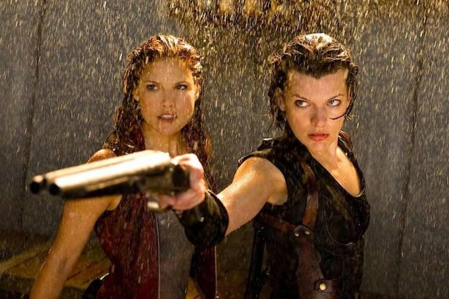 Resident Evil - The Final Chapter Milla Jovovich Ali Larter foto dal film 2