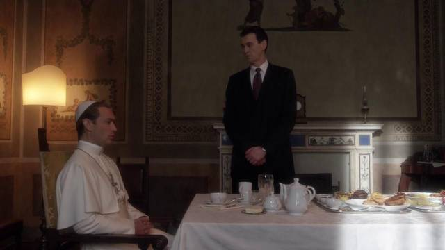 The young pope s1 e1002 mid