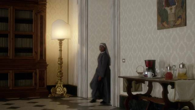 The young pope s1 e2002 mid