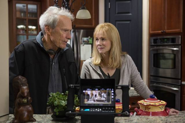 Sully Clint Eastwood Laura Linney foto dal set 1