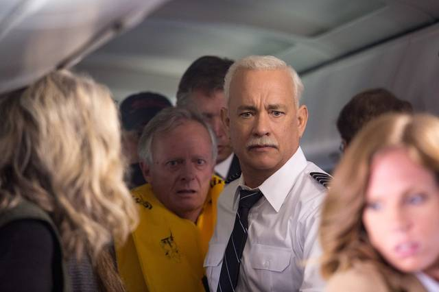 Sully Tom Hanks foto dal film 5