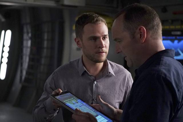 Agents of S.H.I.E.L.D. 4x06 Fitz Coulson Promo 07
