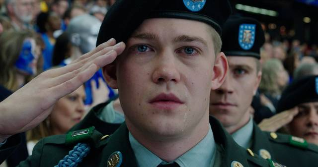 Billy Lynn - Un giorno da eroe Joe Alwyn foto dal film 1