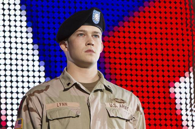 Billy Lynn - Un giorno da eroe Joe Alwyn foto dal film 3