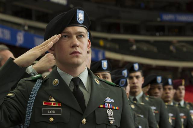 Billy Lynn - Un giorno da eroe Joe Alwyn foto dal film 6
