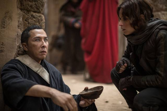 Rogue One - A Star Wars Story Felicity Jones Donnie Yen foto dal film 2
