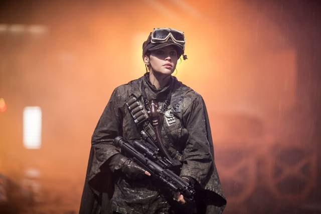 Rogue One - A Star Wars Story Felicity Jones foto dal film 4