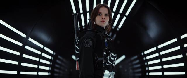 Rogue One - A Star Wars Story Felicity Jones foto dal film 6