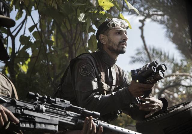 Rogue One - A Star Wars Story Riz Ahmed foto dal film 1