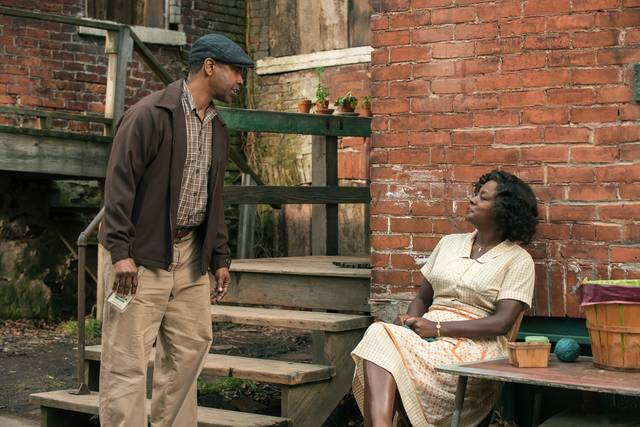 Barriere Denzel Washington Viola Davis foto dal film 3