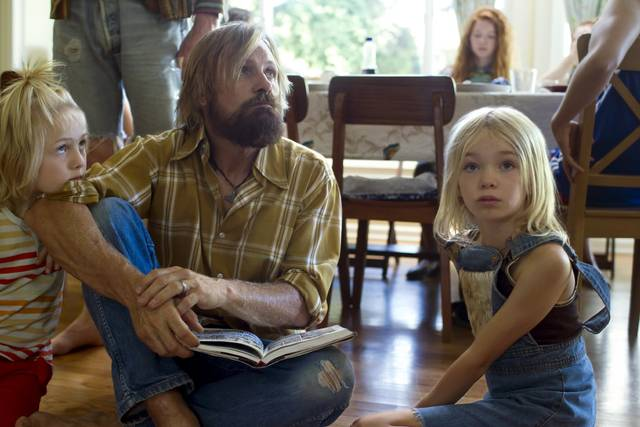 Captain Fantastic Viggo Mortensen Shree Crooks Charlie Shotwell foto dal film 3